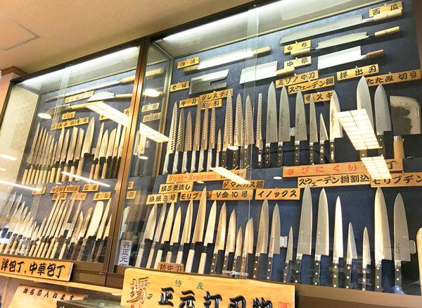 堺正元本店、商品陳列の様子